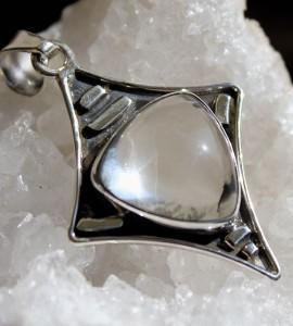 Bijoux ethnique pendentif argent cristal shantilight