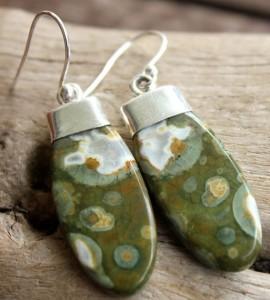 Boucles d'oreilles ethniques bijoux pierres shantilight