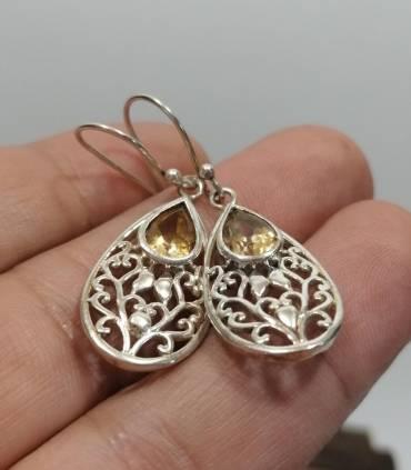 Boucles d'oreilles chics et modernes pierres naturelles citrine